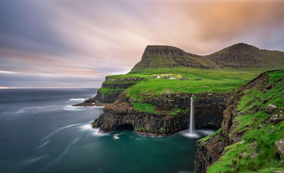 Villaggio Gasadalur, Vagar, Isole Faroe, Danimarca