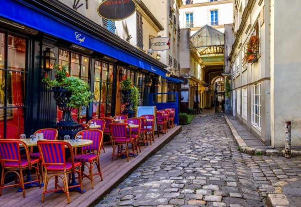 Beber un café en alguno de sus maravillosos locales