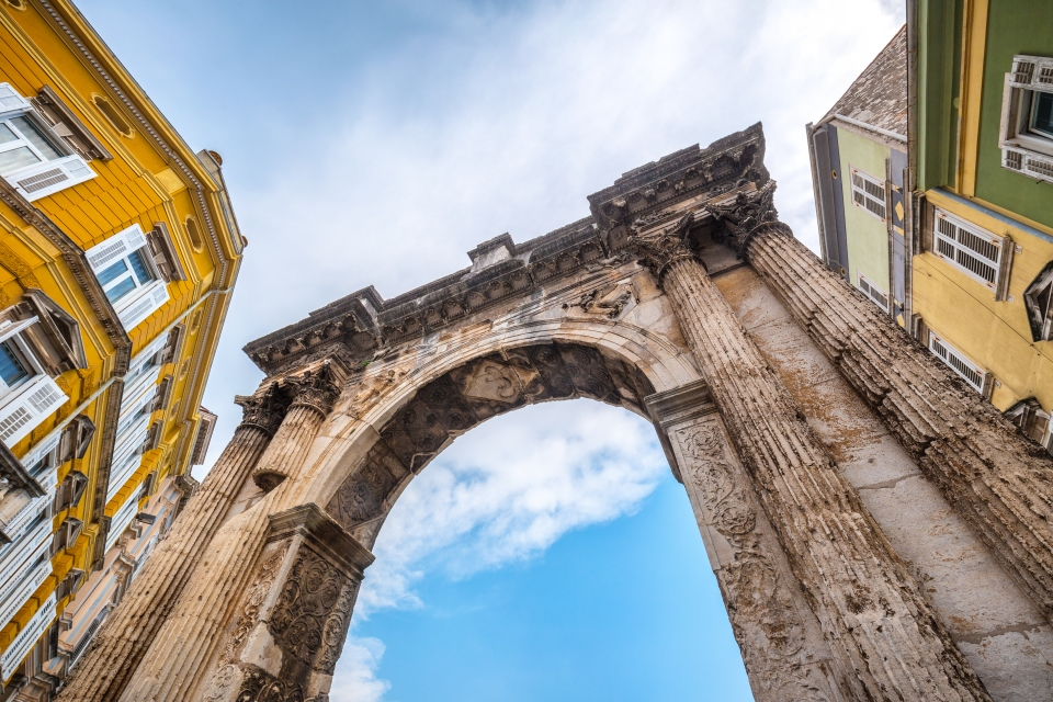 Marvel at the Triumphal Arch of Sergius