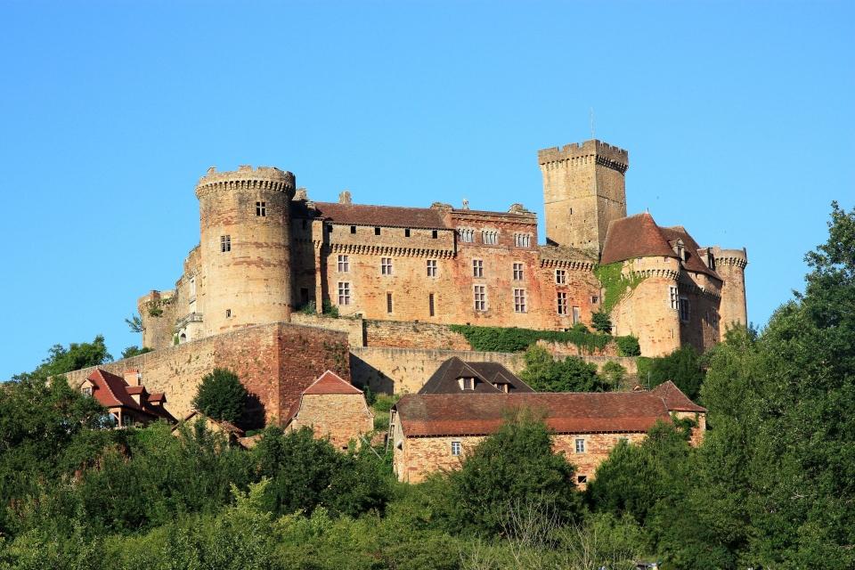 2. Château de Castelnau-Bretenoux