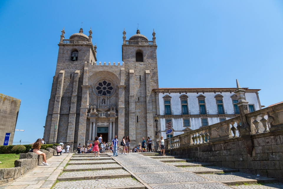 4. Porto Cathedral