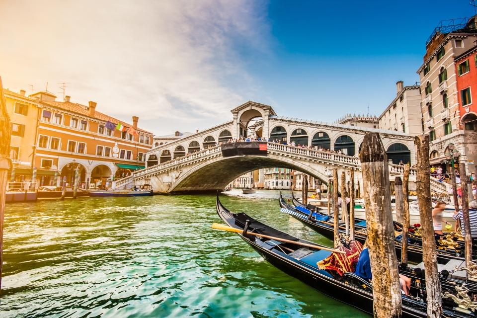 1. Ponte di Rialto, Venice
