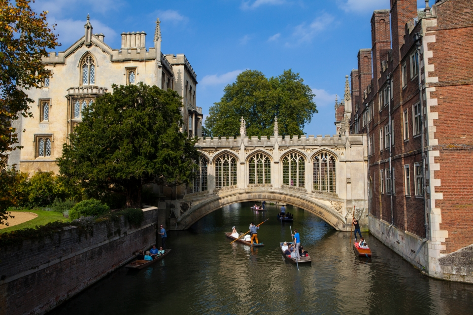 4. Bridge of Sighs, Cambridge