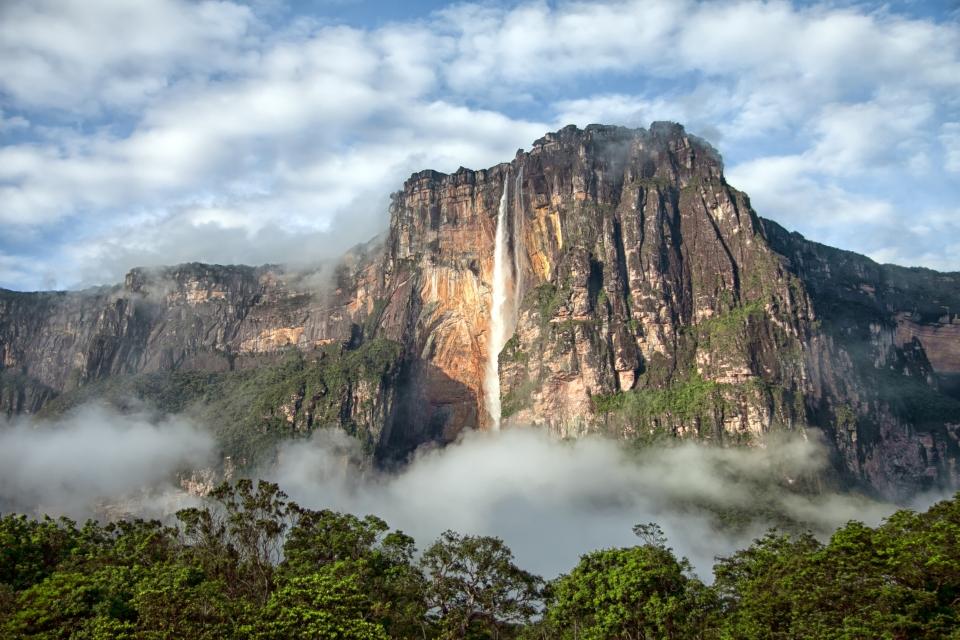 La plus haute cascade du monde : le Salto Angel