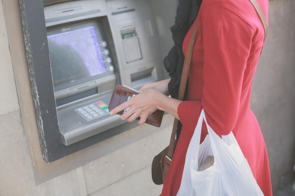 Finti operatori ATM