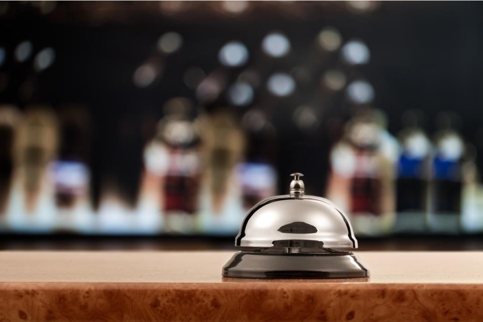 Finti receptionist