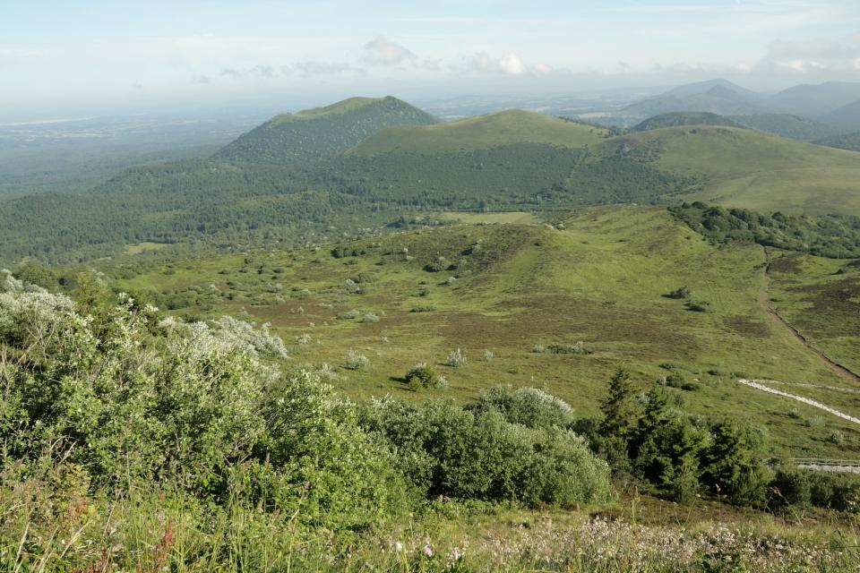 3. Parc Naturel Régional des Volcans d'Auvergne, Auvergne