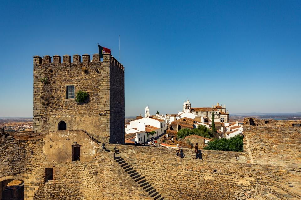 Vistas de quitar el hipo desde lo alto del castillo de Monsaraz
