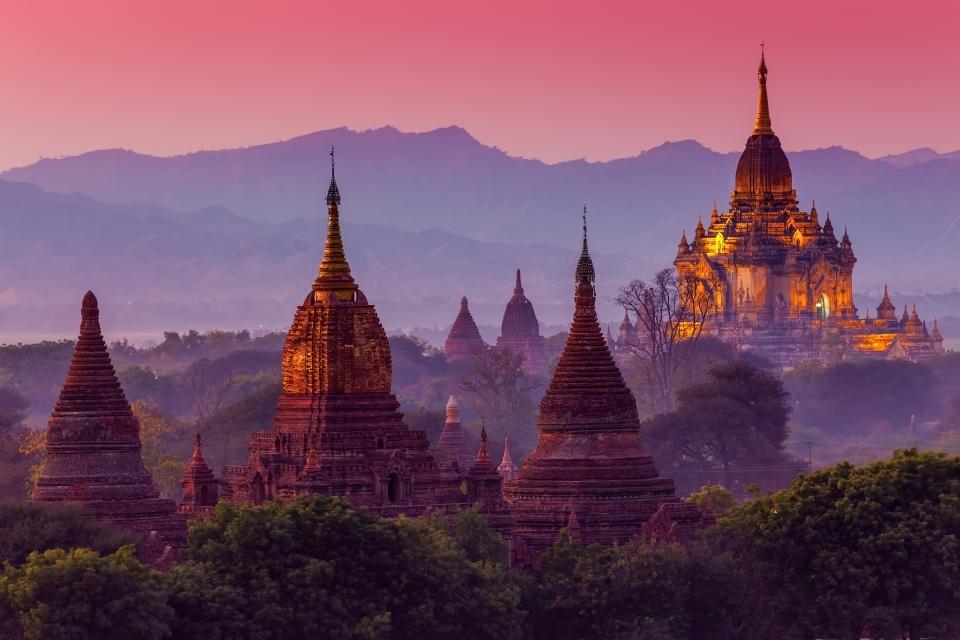 Ir de templos en Myanmar