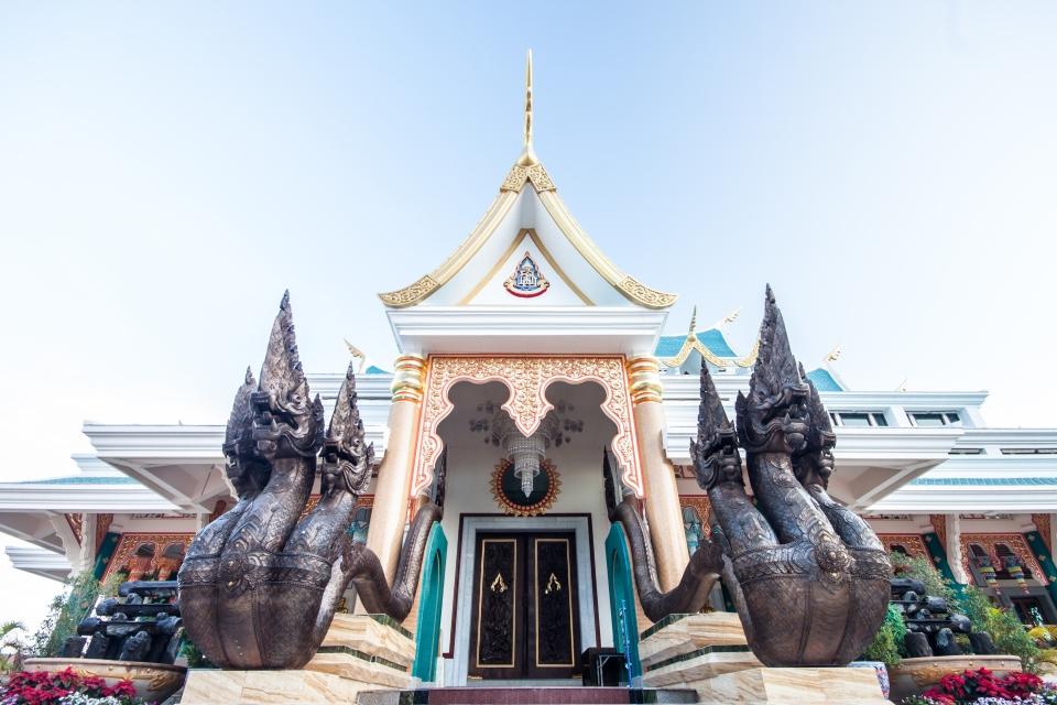Wat Pa Phu Kon, il Tempio azzurro