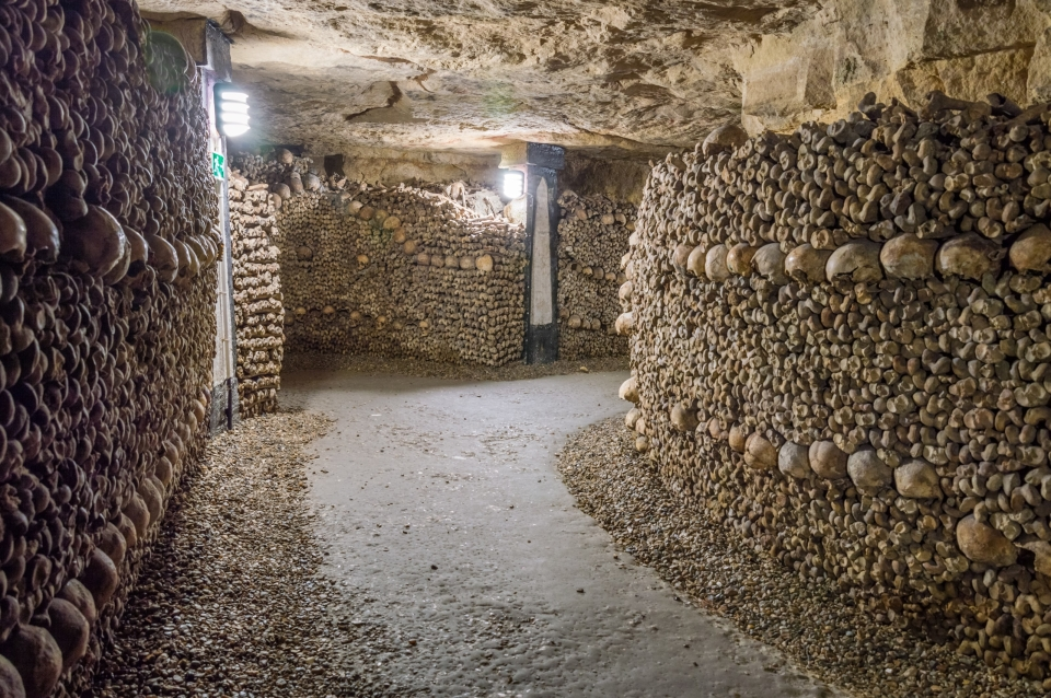 Les Catacombes, France