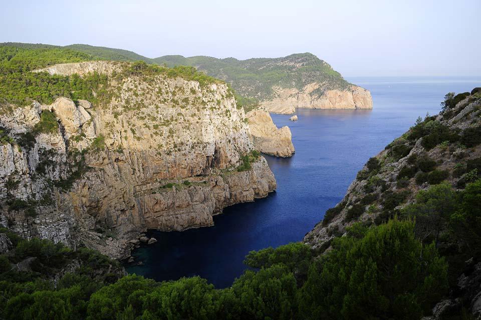 Las sierras del norte de Ibiza , Vista de las sierras del norte de Ibiza , España