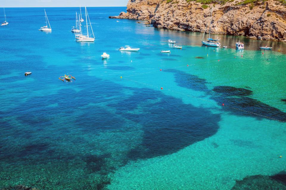 Formentera , Las costas rocosas de Formentera , España