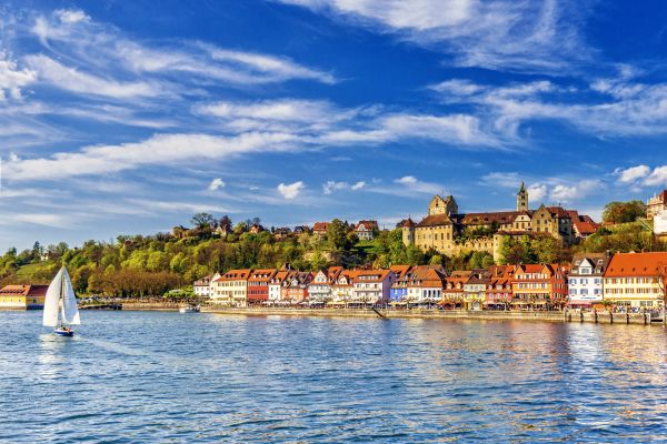 Lake Constance , The lake promenade in Lindau , Germany