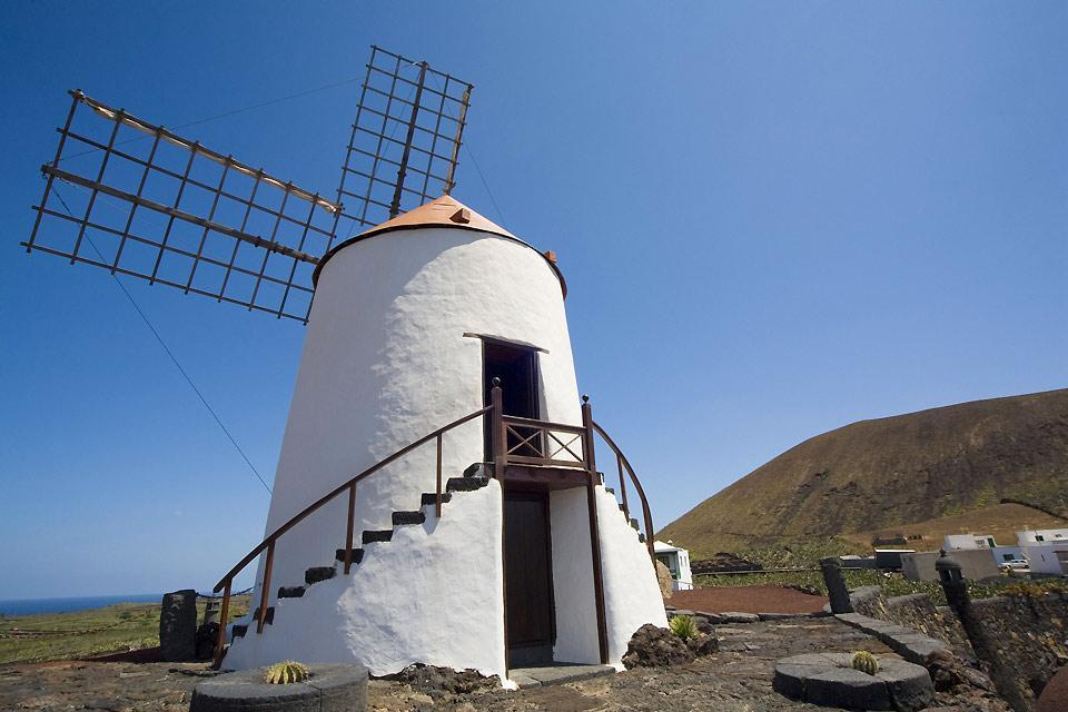 Lanzarote , Le jardin de cactus , Un ancien moulin restauré , Espagne