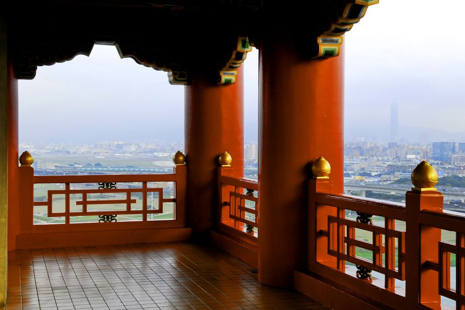 A legendary hotel, The National Palace Museum, Monuments, Taiwan