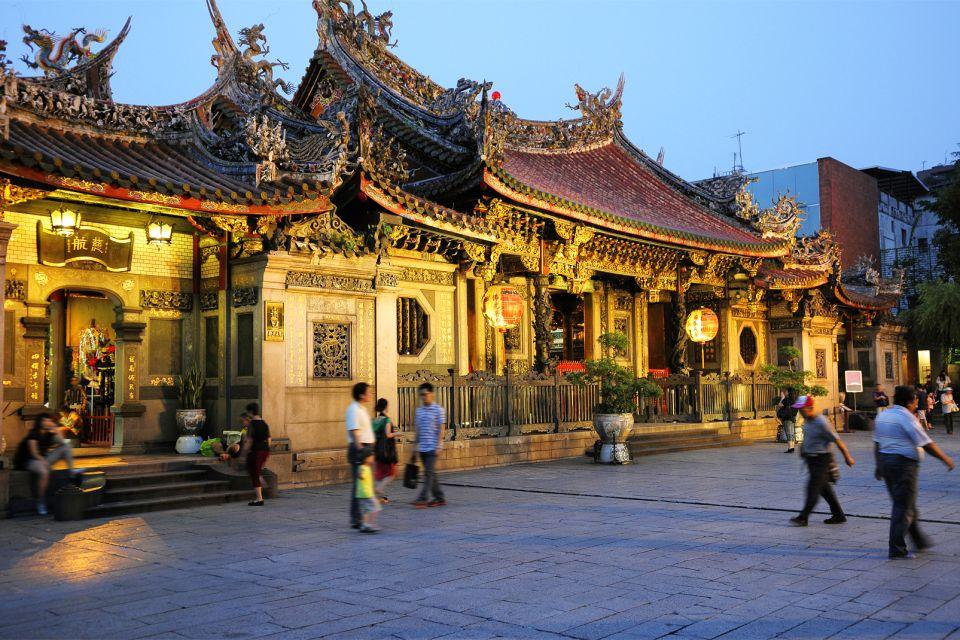 El templo de Longshan, Los monumentos, Taiwan