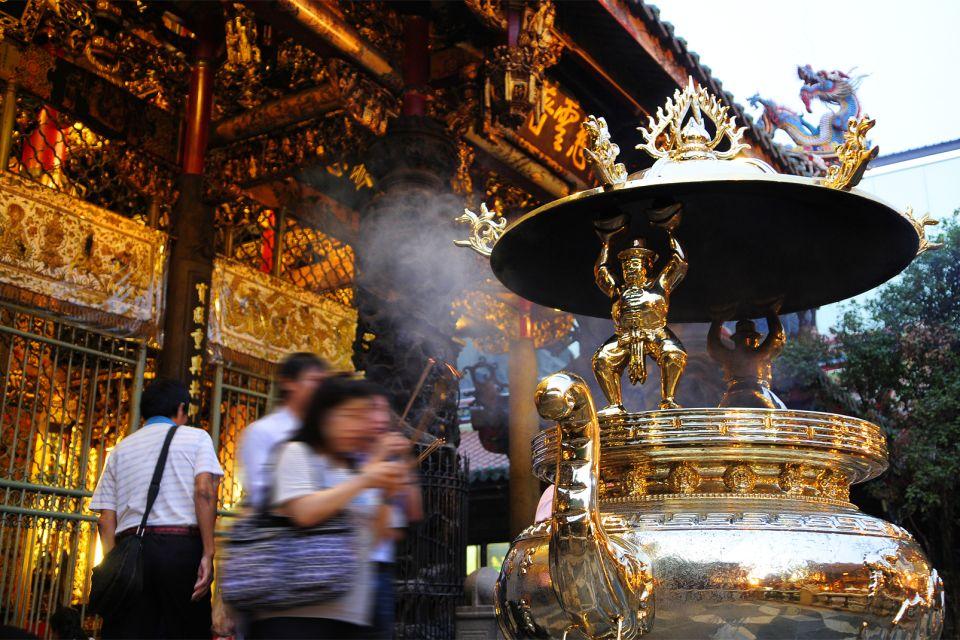 Las decoraciones, El templo de Longshan, Los monumentos, Taiwan