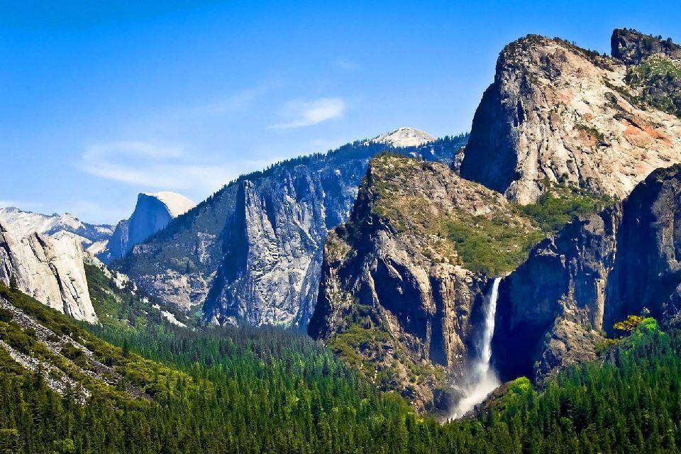 Les grands espaces , Parc de Yosemite en Californie , Etats-Unis