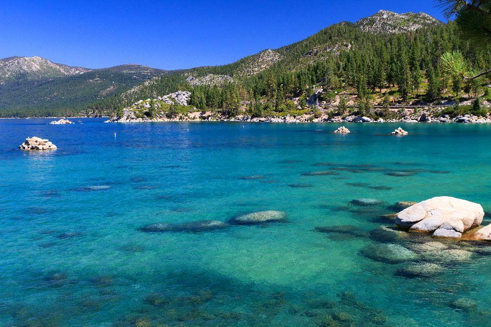 Sierra Nevada , The lakes of the Sierra Nevada , United States of America