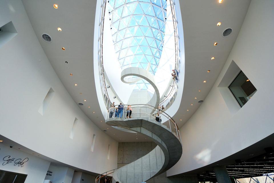 Les musées de Saint-Petersburg , Etats-Unis