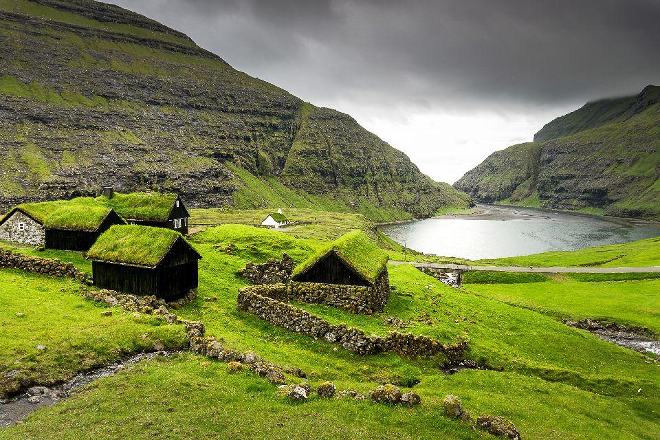 Randonnée dans l'île de Streymoy , Falaises de Streymoy , Iles Féroé