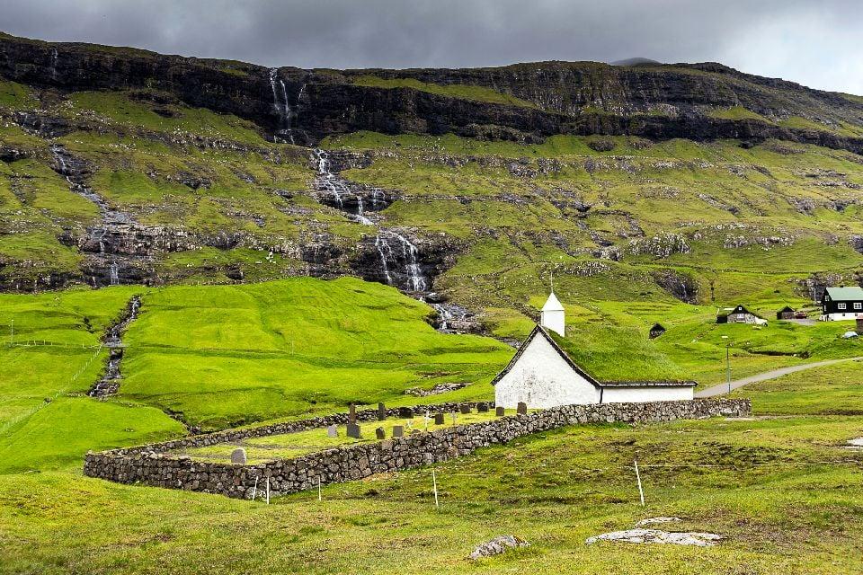 Randonnée dans l'île de Streymoy , Le phare de Torshavn , Iles Féroé
