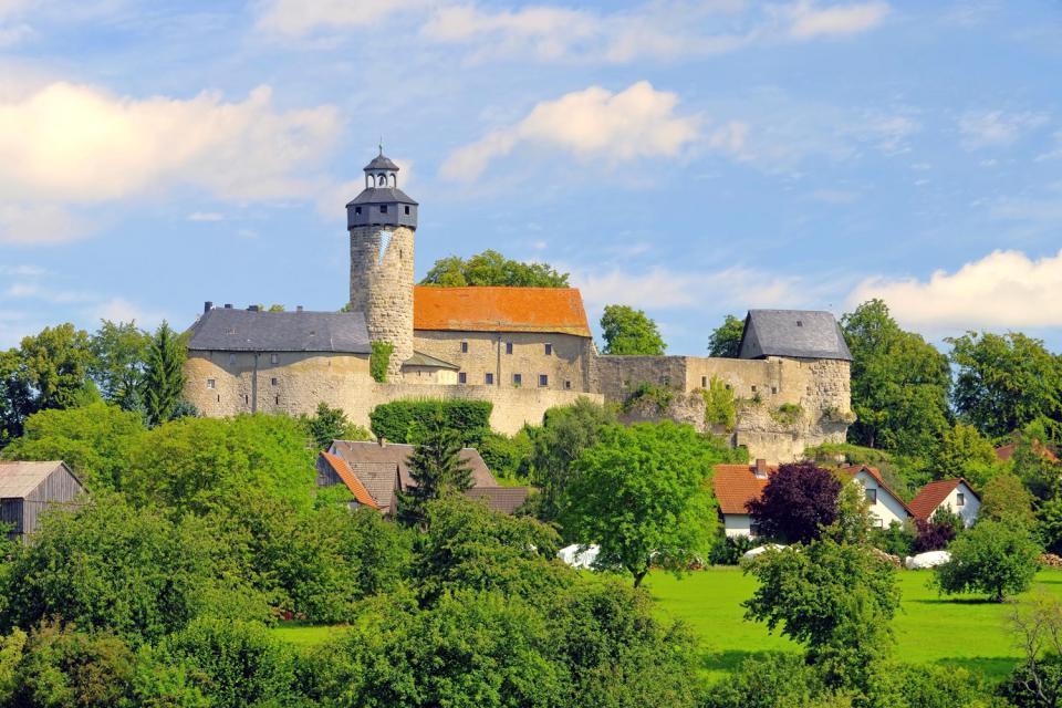 Die Burgen- und Schlösserstraße , Panoramablick von einer Burg , Deutschland