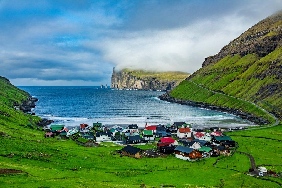 Die Insel Eysturoy, Die Küsten, Färöer