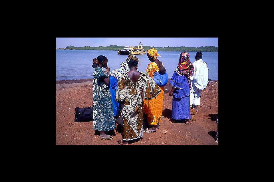Le fleuve Gambie , Gambie