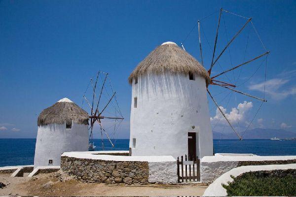 Mykonos , Les moulins de Mykonos , Grèce