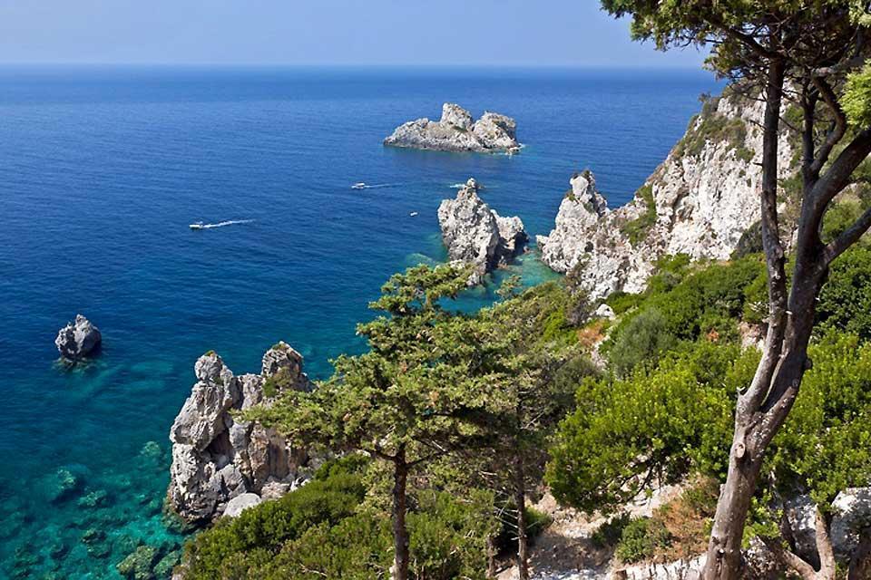 Les îles Ioniennes , Paleokastritsa , Grèce