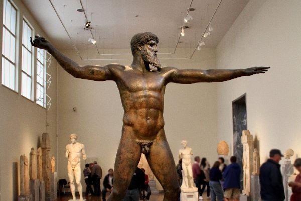 El Museo Arqueológico Nacional , Las estatuas de la época clásica , Grecia
