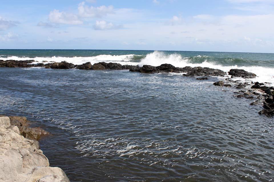 Die Grenadinen , Natürliche Schwimmbecken in Rawacou , St-Vincent und die Grenadinen