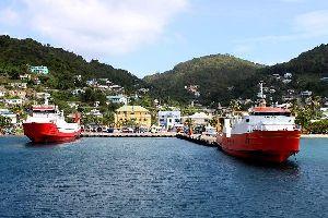 Bequia , Los ferry de las Granadinas , San Vicente y las Granadinas