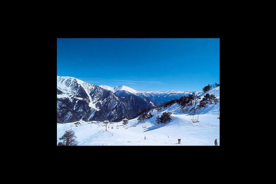 Le ski , Les sommets d'Andorre , Andorre