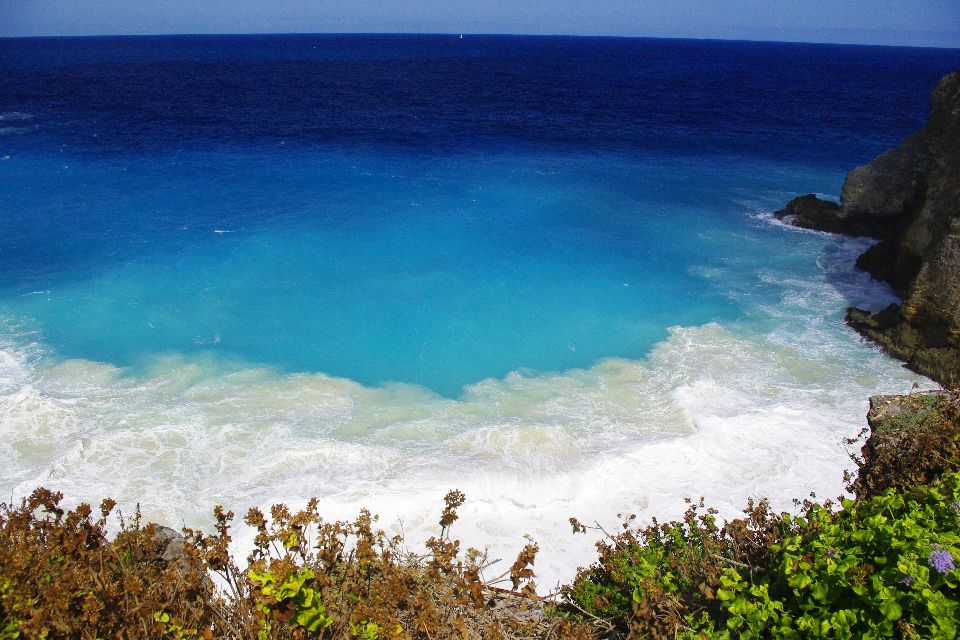 The Door of Hell , The turquoise waters of Porte de l'Enfer , The islands of Guadeloupe