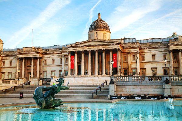 Los museos londinenses , La National Gallery, Trafalgar Square , Reino Unido