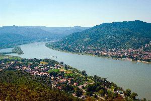 El meandro del Danubio , La ensenada del Danubio , Hungría