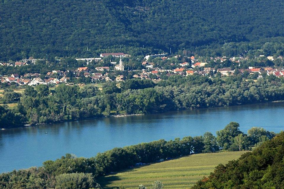 The Danube curve , The Danube Bend in Hungary , Hungary