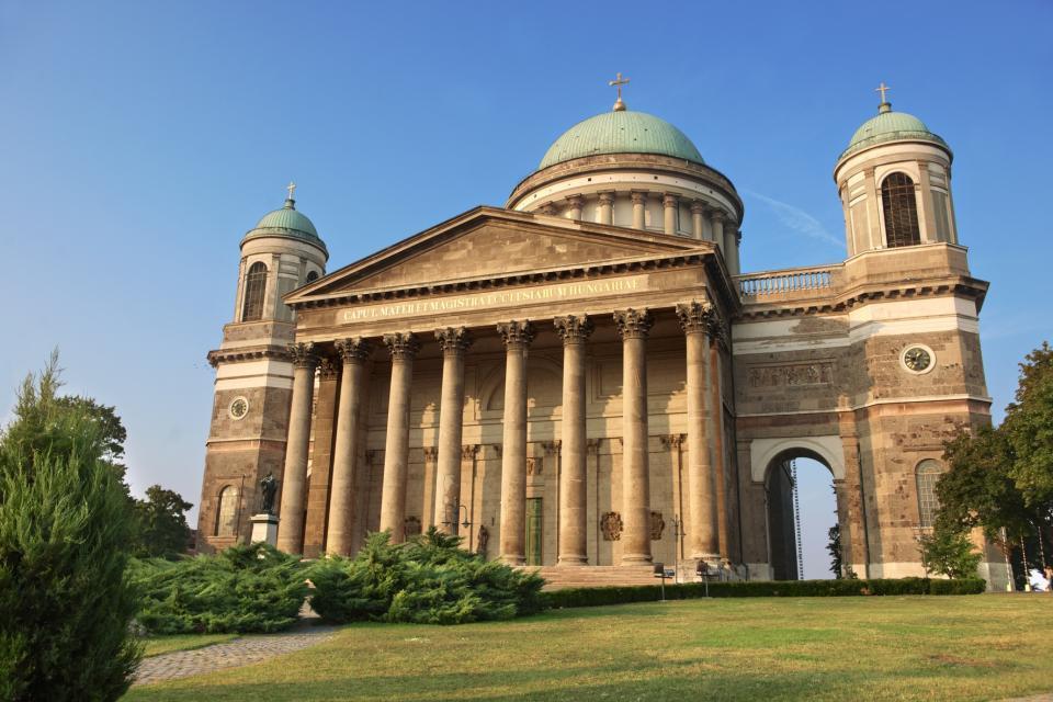 El castillo de Esztergom , La basílica de Esztergom , Hungría