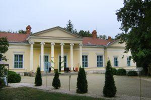 Le château de Verseg-Fenyoharaszt , Les châteaux hôtels, Les monuments, Hongrie