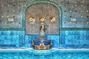 Las fuentes termales de Budapest , Budapest, los baños termales de Gellért , Hungría