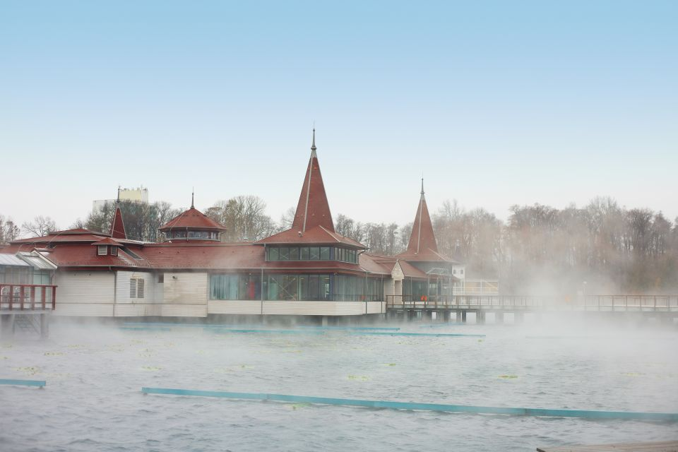 Les stations thermales, hongrie, europe, transdanubie, Heviz, Thermal Lake Resort, source, thermale, lac, spa, bain, thermes