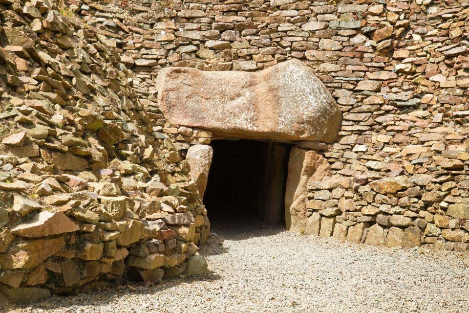 Die Dolmen von Jersey, Die Monumente, Kanalinseln