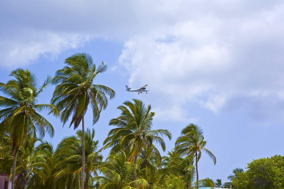 Cayman Brac , Cayman Islands