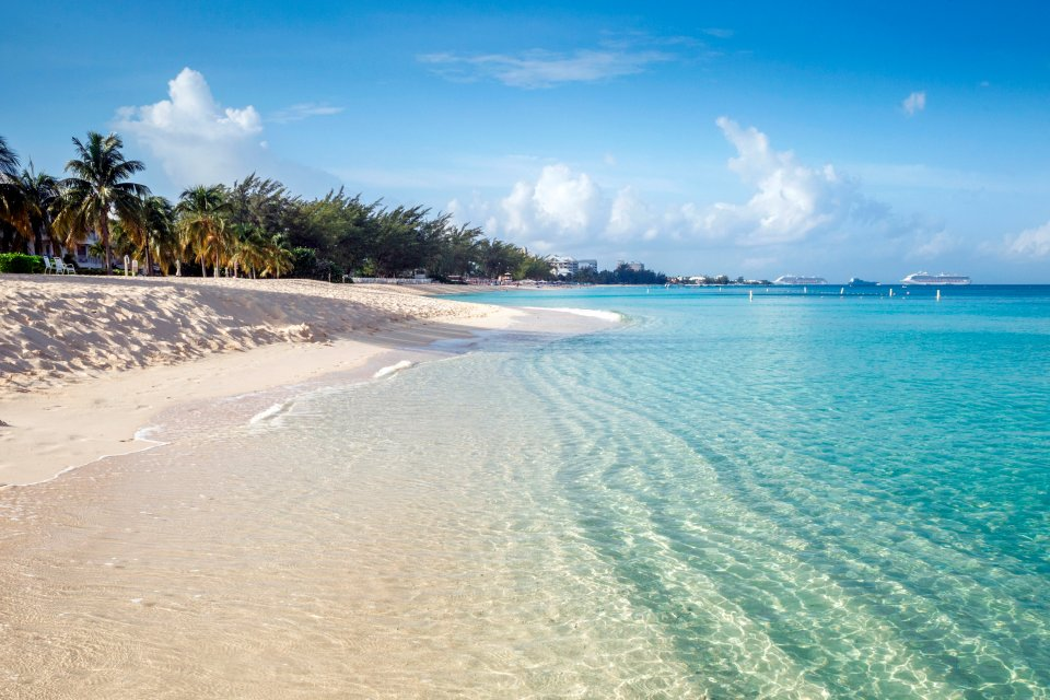 , Seven Mile Beach (Grand Cayman), Le rive, Isole Cayman