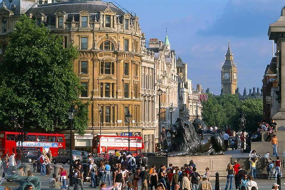 Trafalgar Square , Big Ben, Londres , Royaume-Uni