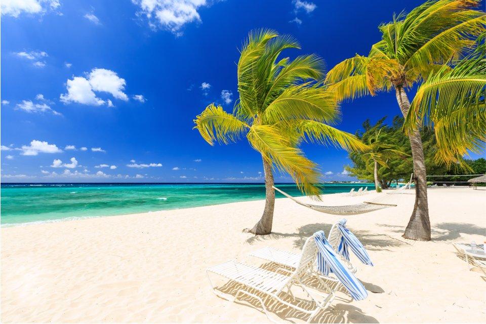 The beaches of Cayman Brac, Cayman Brac:, Coasts, Cayman Islands