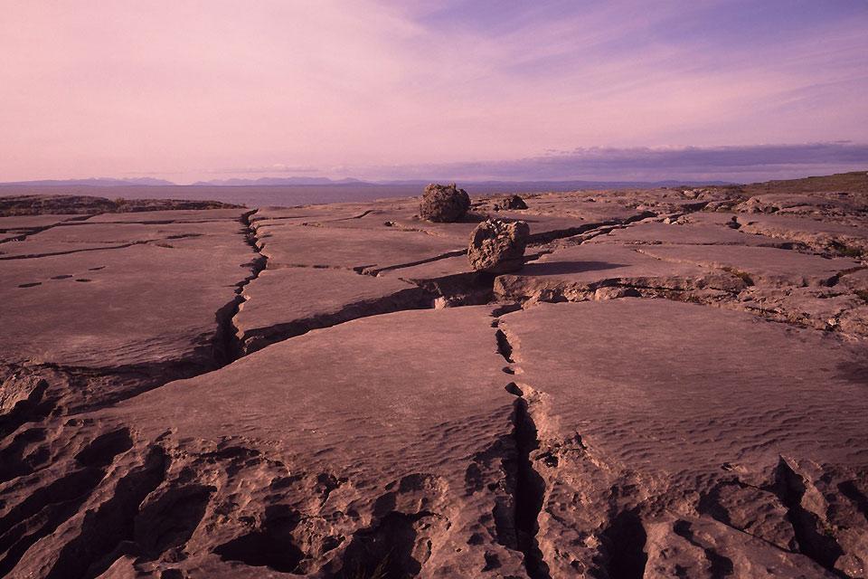 Il deserto di calcare di Burren , Irlanda